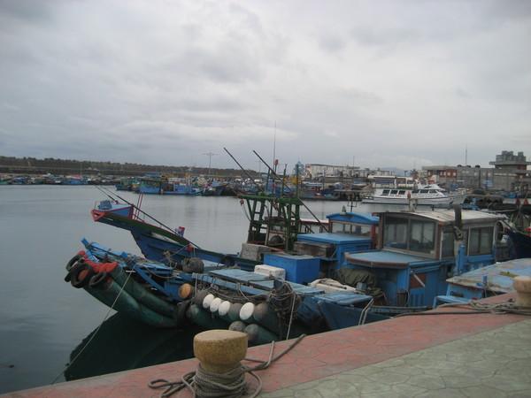 12港口漁船.jpg