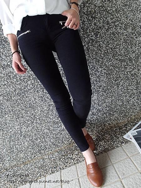 黑拉鍊褲 (16)