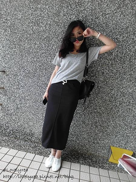 黑裙 (13)