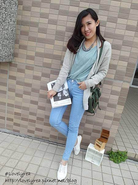 淺藍褲 (12)