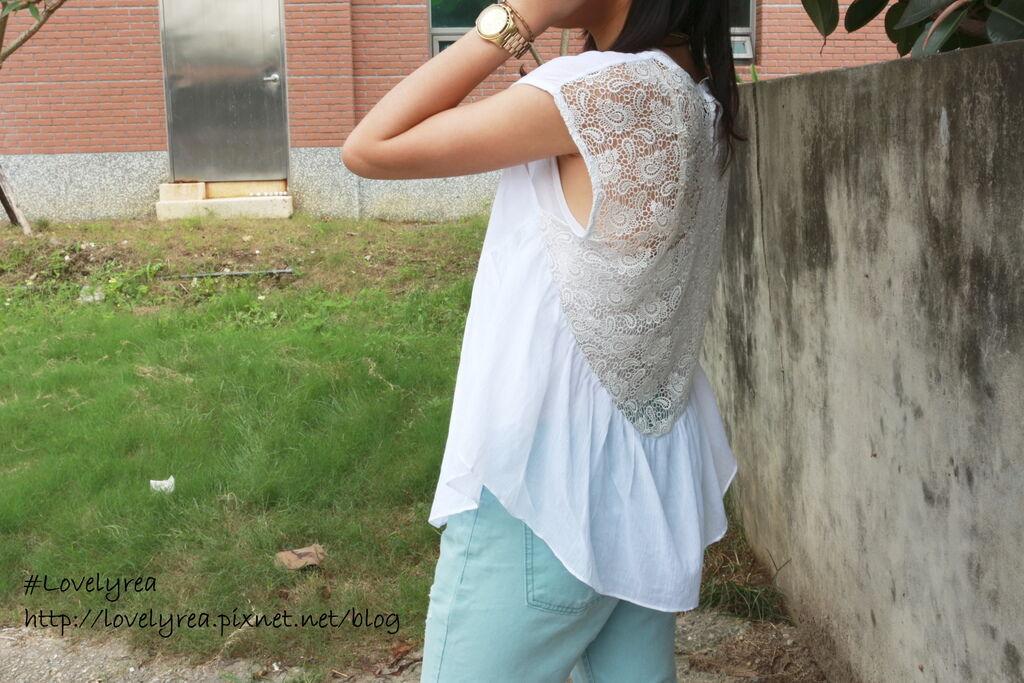 白上衣 (3)