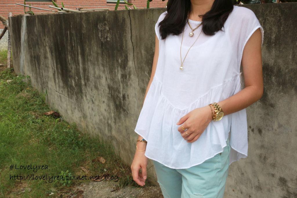 白上衣 (4)