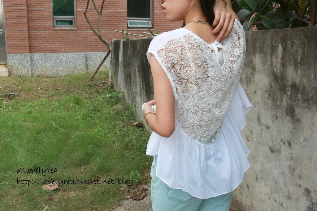 白上衣 (8)