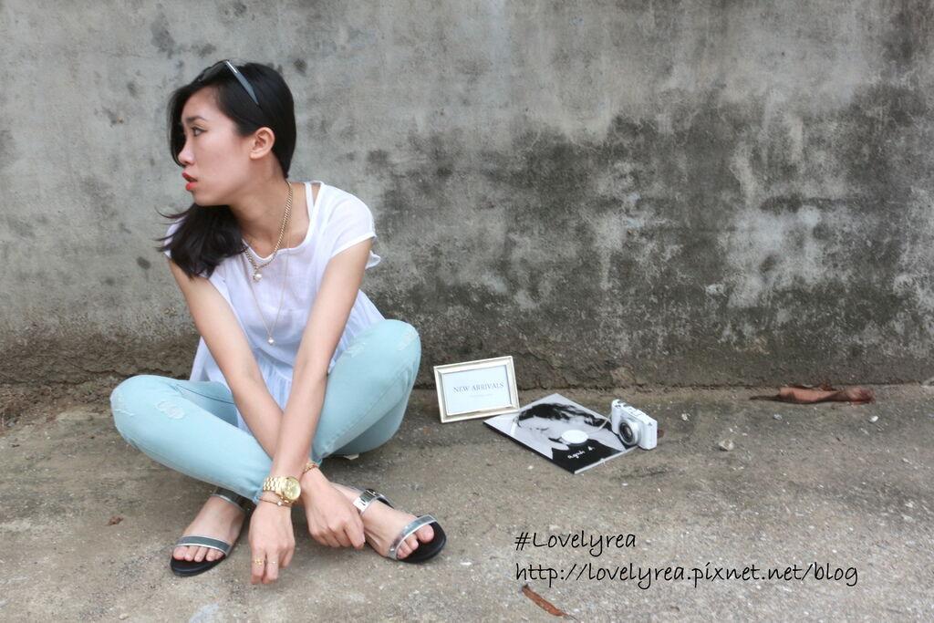 白上衣 (11)
