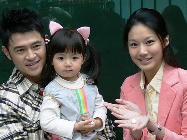 玉榮,DOREMI與靖婕.JPG