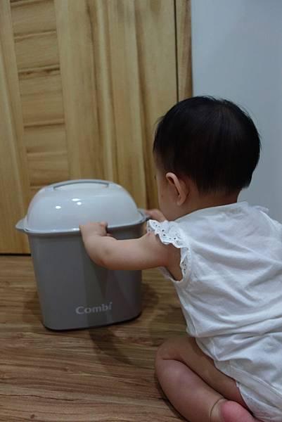 combi,消毒鍋,烘乾鍋,高效消毒烘乾鍋,台灣康貝,麗嬰房,奶瓶,售後服務,日本,日本製,超大容量,新手爸媽