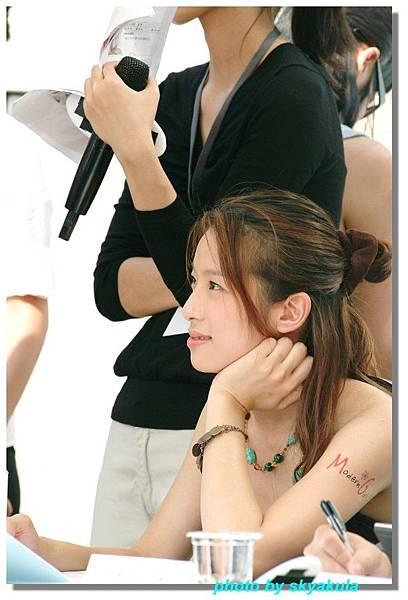 20051022Modren Girl代言_08