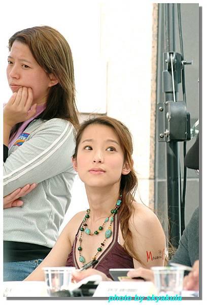 20051022Modren Girl代言_09