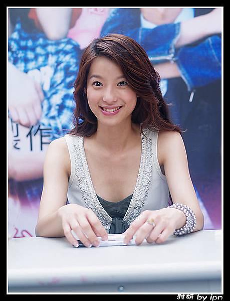 20060617白袍之戀簽書會_6