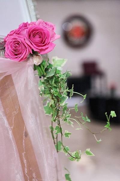 我指定要Pink的色調 他們就幫我用粉紅色的鮮花