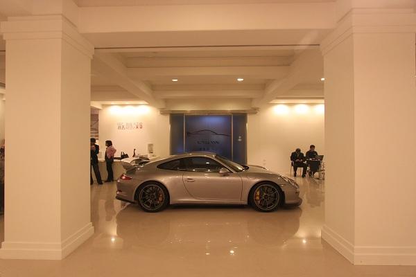 Porsche GT3-21.jpg