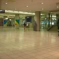 沒人的廣島空港
