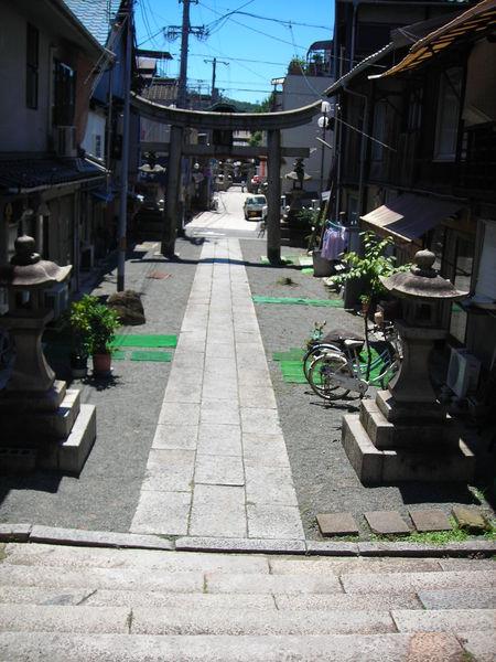 很多很多小巷子