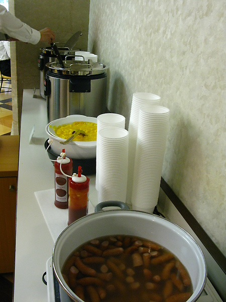 香腸好好吃,湯有兩種