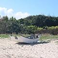 蒔裡沙灘與小舟