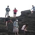 探險-走峭壁