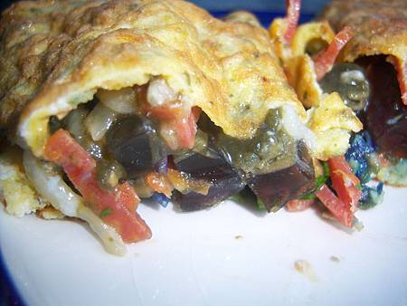 Dec052011 preserved egg omelet