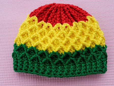 Mar172012 Lattice Hat - red yellow green