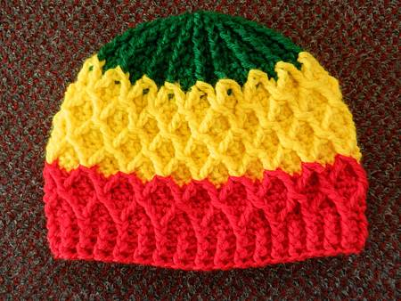 Mar182012 Lattice Hat - green yellow red