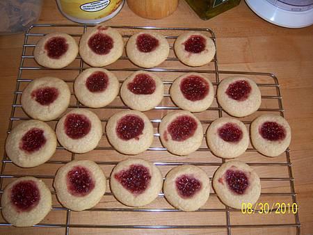 Aug302010 Soldier Buttons 果醬奶酥餅乾 - 覆盆子莓