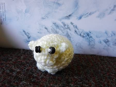 Apr152012 Widdle Fat Sheepy - light yellow