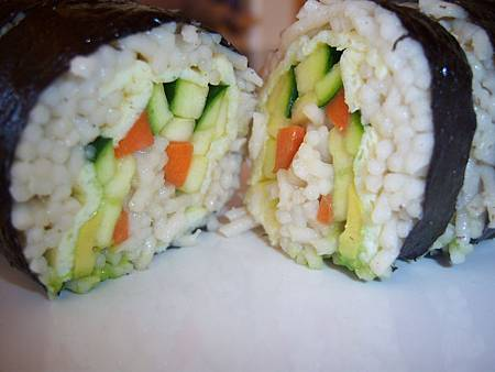 Sep122012 brown rice noodle sushi 糙米麵條壽司