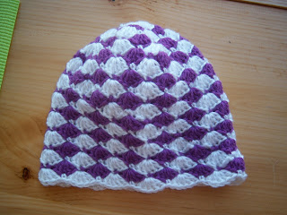 Sep262010 Crochet Shell Beanie Hat
