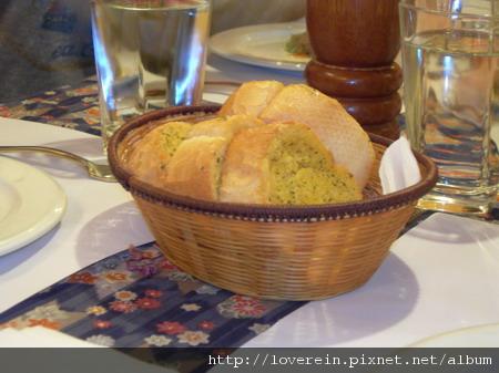 31香蒜麵包.JPG