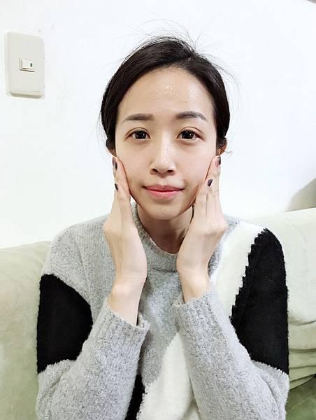 玫瑰水淡斑精華_171221_0006.jpg