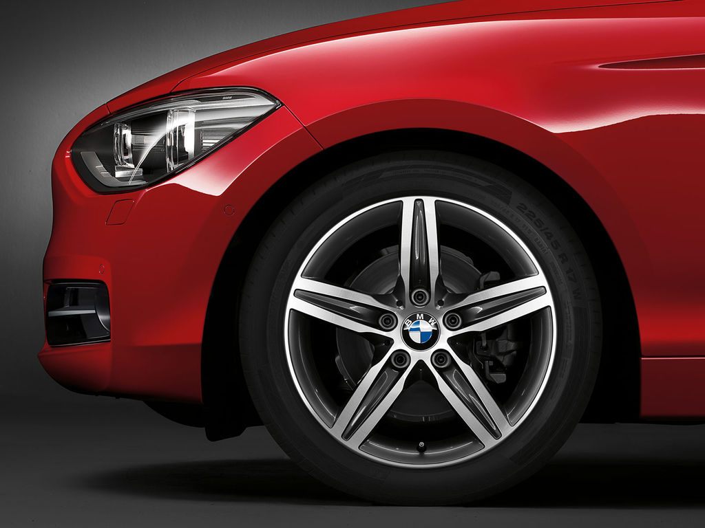 BMW_1series_wallpaper_13_1600