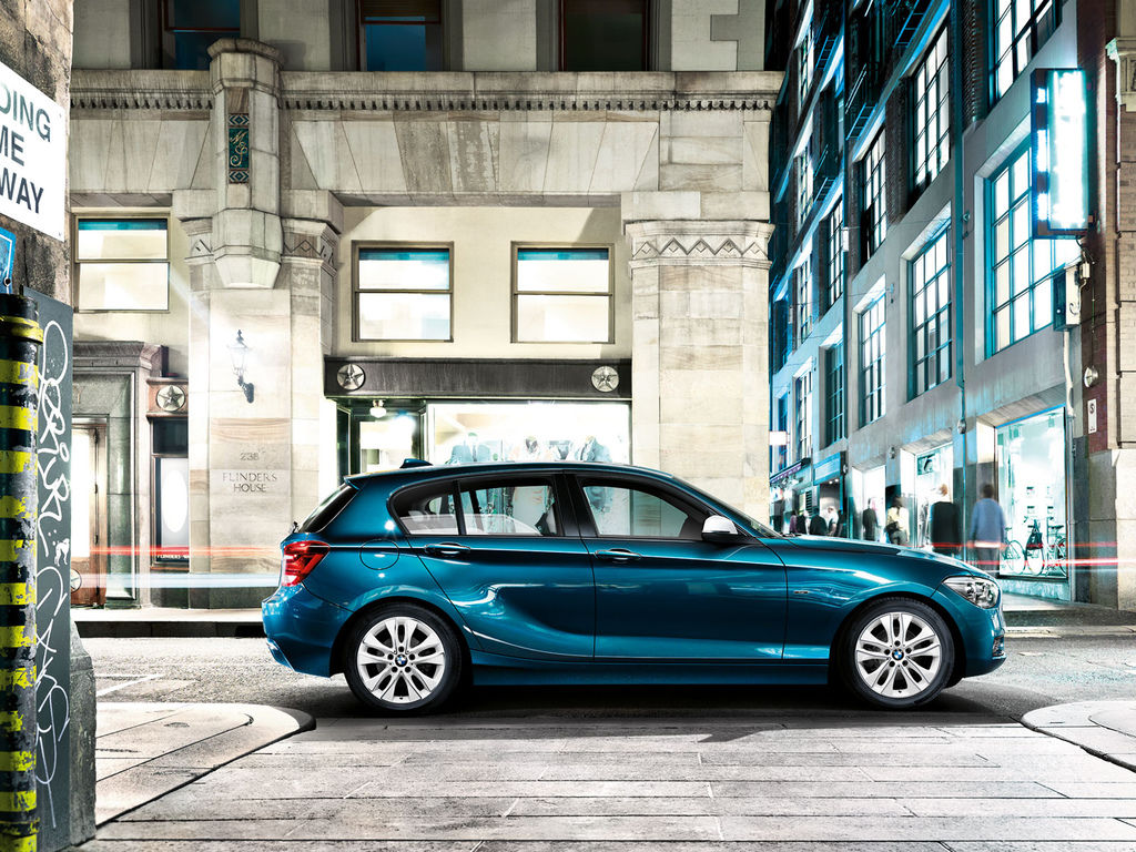 BMW_1series_wallpaper_10_1600
