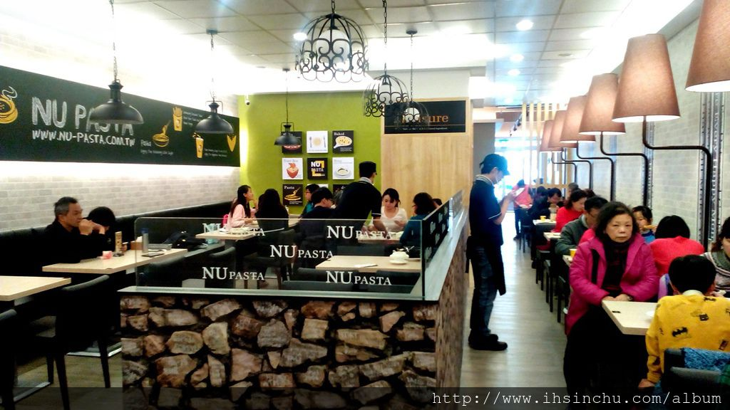 NU PASTA Menu、目錄、菜單、價目表、外送電話以及最新優惠價錢等資訊,菜單有內用(綠) / 外帶(橘) 區別! 這家義大利餐廳不錯喔,用餐氣氛佳值得推薦得大家。