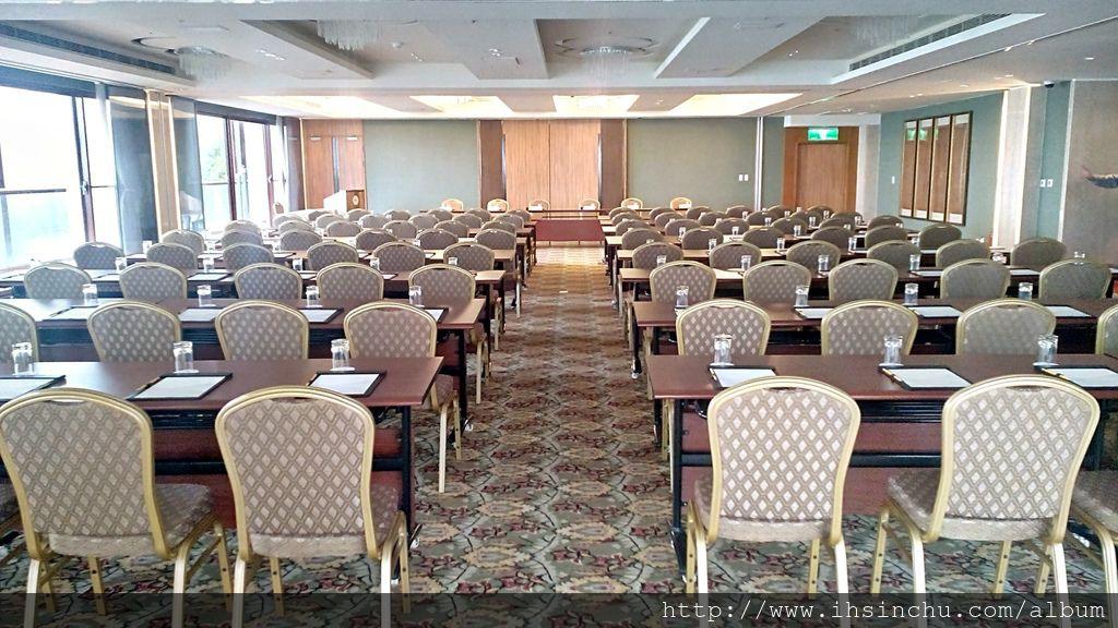 阿里山賓館國際會議廳133坪 120人 4小時 $20000NT