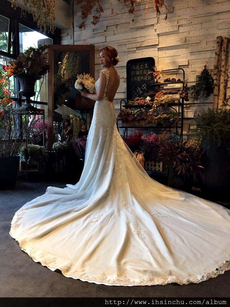 2017新竹婚紗公司評價及比較,一輩子最美的一次,來不及瘦該怎麼挑婚紗禮服?選擇婚紗公司注意事項及心得分享,新竹婚紗公司及新竹婚紗工作室比較推薦總整理