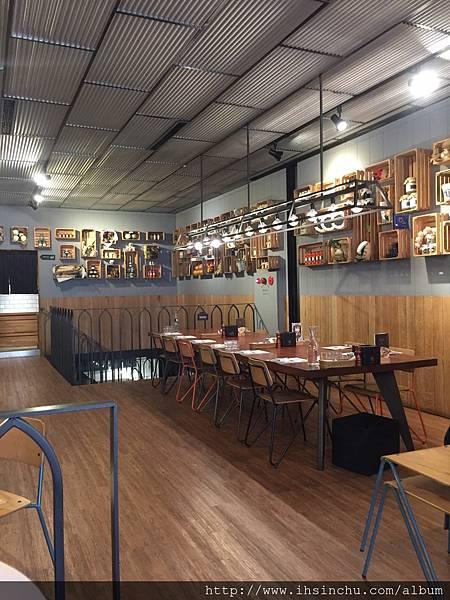 新竹竹北薄多義義式餐廳-二樓