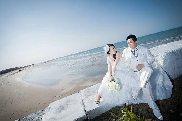 [自助婚紗推薦]-長拖尾白紗-海洋水景