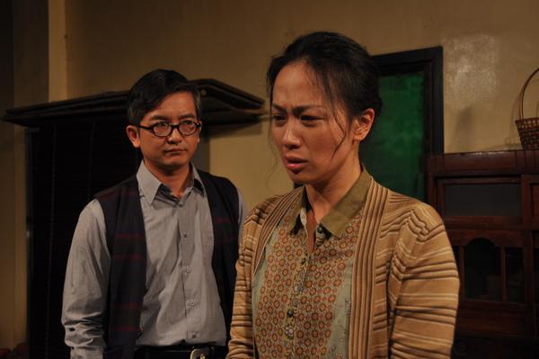 陳聰在(溫吉興飾)與杜秋菊(黃采儀飾)在劇中飾演一對夫妻.JPG