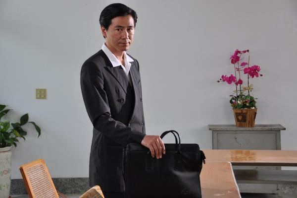 林鴻翔飾演林家男主人林明中.JPG