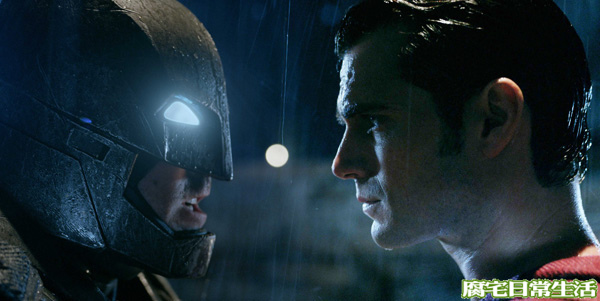 蝙蝠俠對超人
