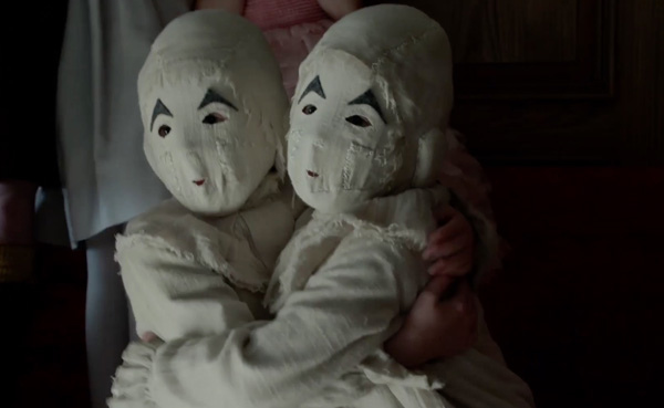 怪奇孤兒院_雙胞胎