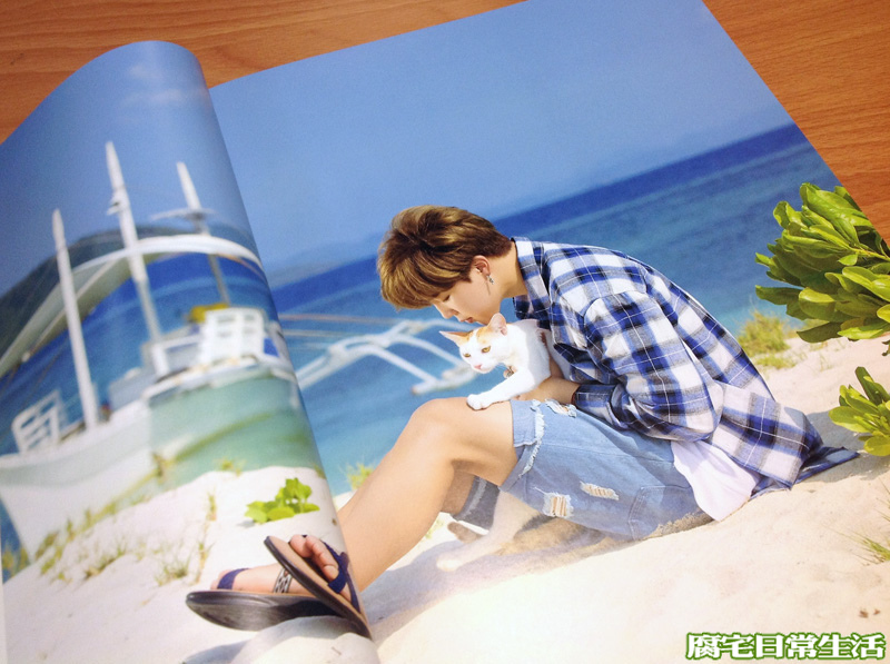 2017 BTS SUMMER PACKAGE (19).JPG