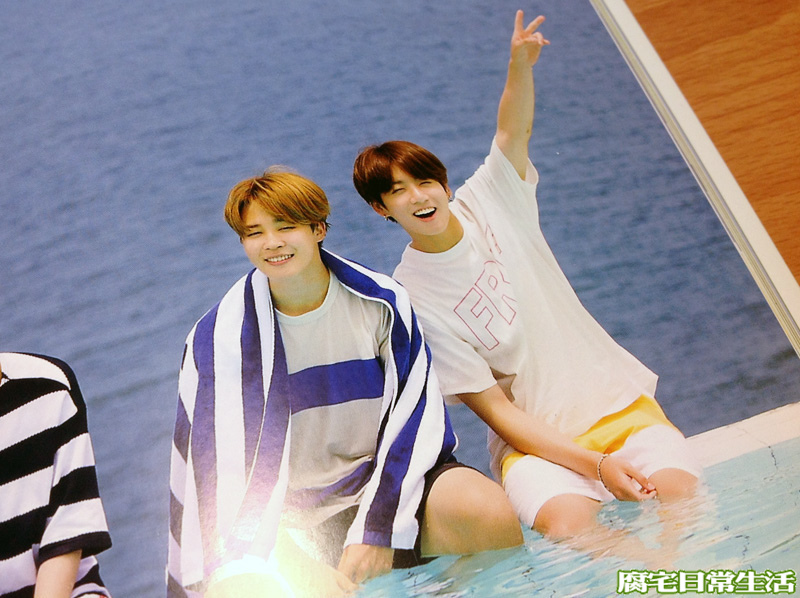 2017 BTS SUMMER PACKAGE (34).JPG