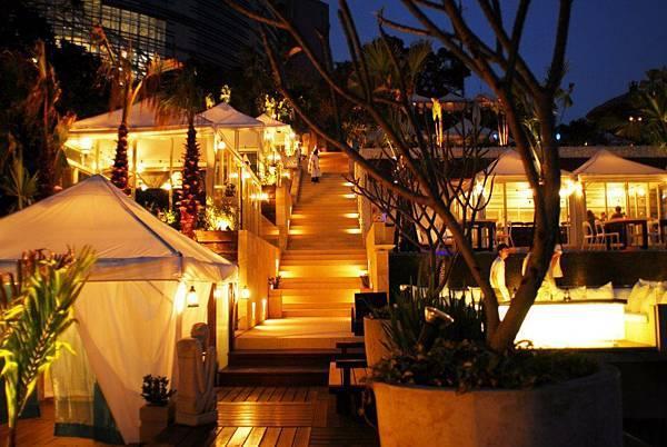 珍藏囍式推薦求婚餐廳屋頂上2.jpg