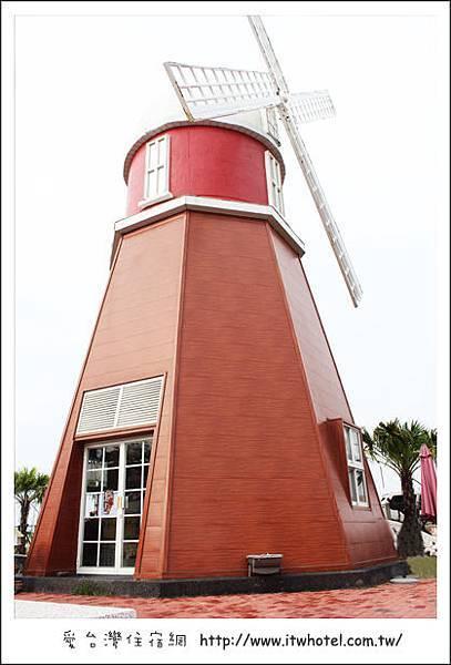台灣咖啡博物館─異國風情風車建築台南新景點