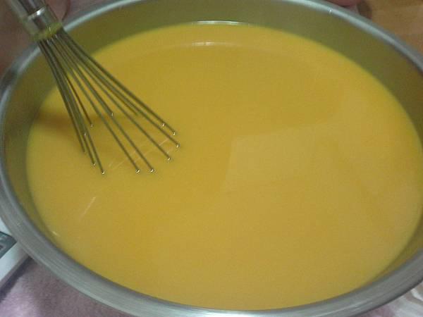 卡蘭賈油製皂過程