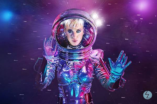 katy-perry-vma-host-2017-billboard-1548.jpg
