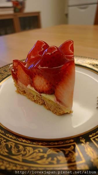 鮮豔欲滴的法式草莓派