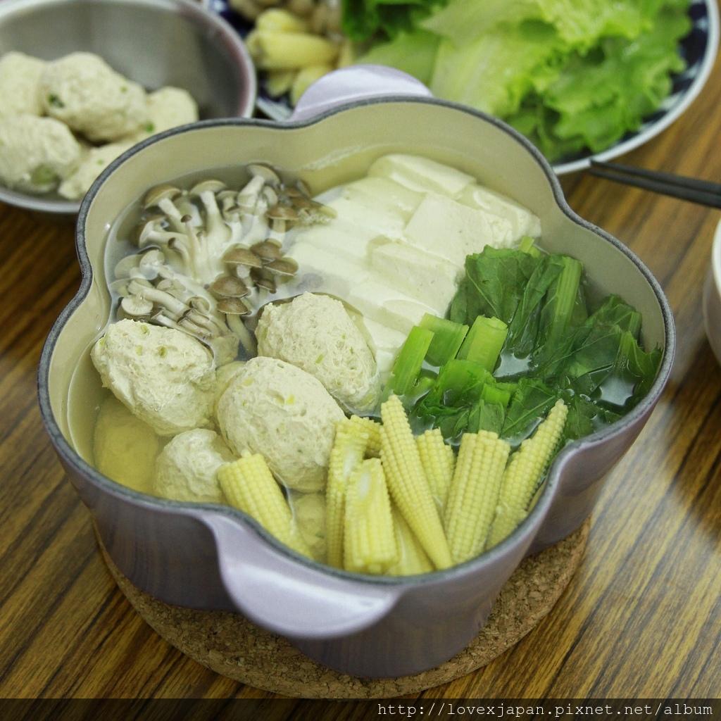 日式雞肉丸子鍋