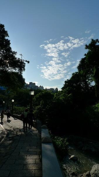 天上變幻莫測的雲也拍得好美