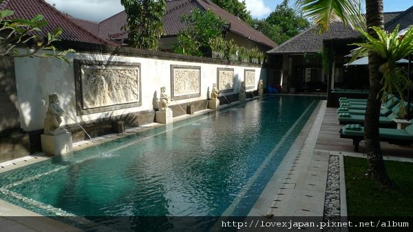 20米泳池
